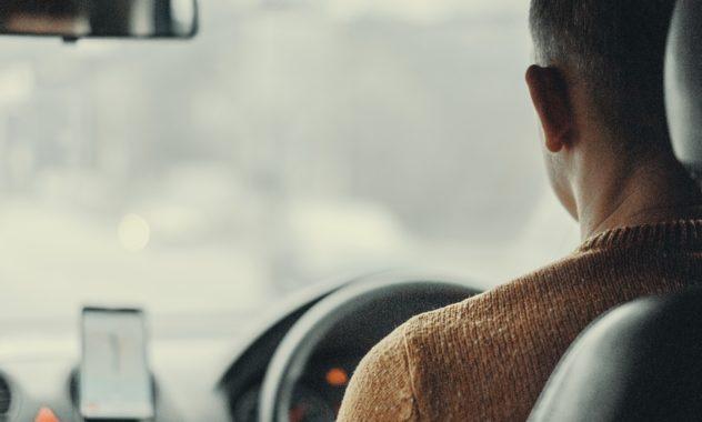 driver_taxi_car